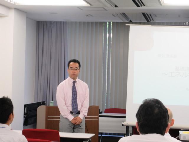 小林先生の講義シーン