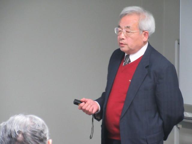 講師の椿淳一郎上席研究員